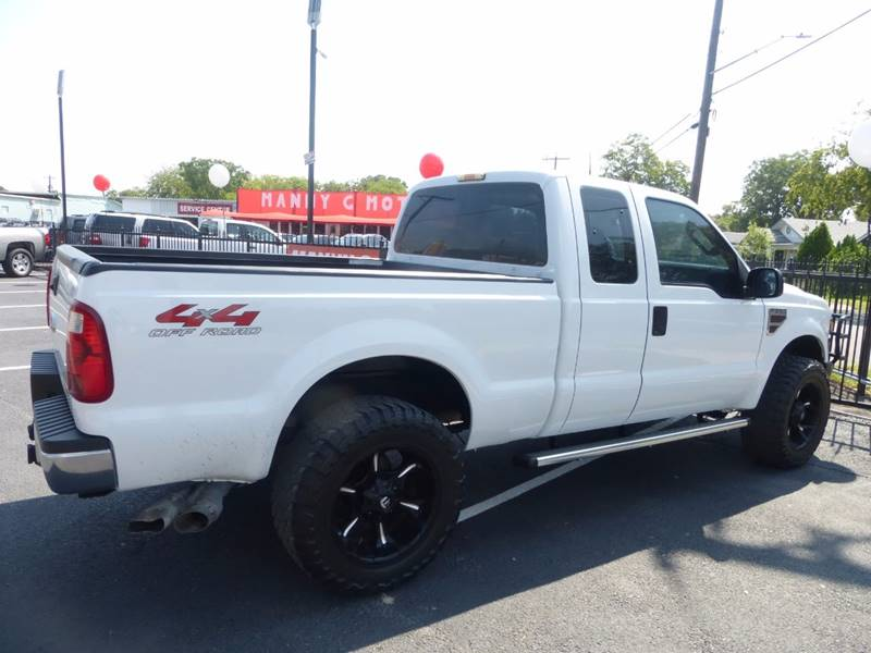 2008 Ford F-250 Super Duty for sale at Manny G Motors in San Antonio TX