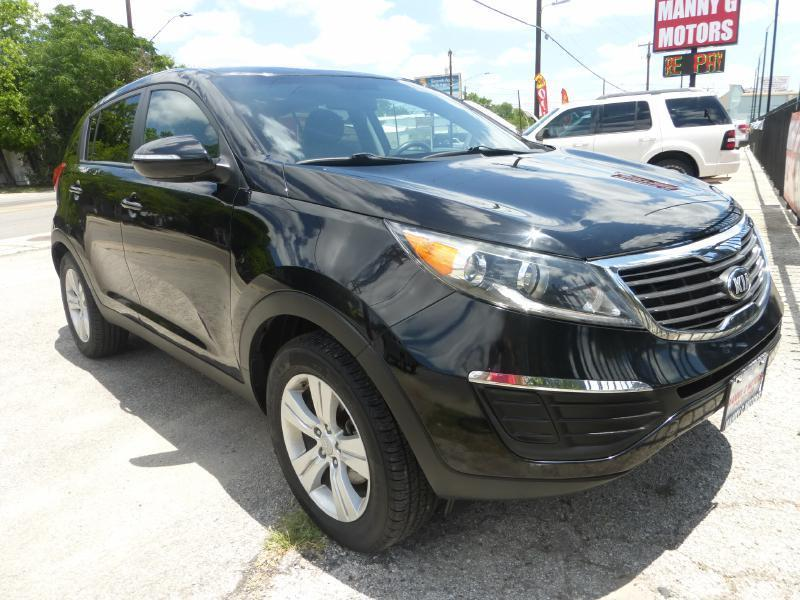 2013 Kia Sportage for sale at Manny G Motors in San Antonio TX