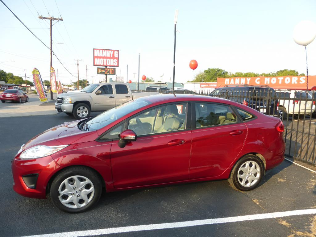 2013 Ford Fiesta for sale at Manny G Motors in San Antonio TX