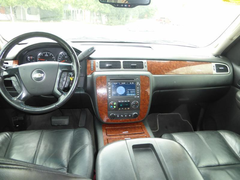 2008 Chevrolet Tahoe for sale at Manny G Motors in San Antonio TX