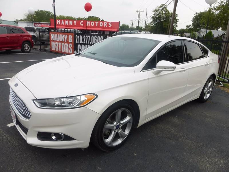 2015 Ford Fusion for sale at Manny G Motors in San Antonio TX