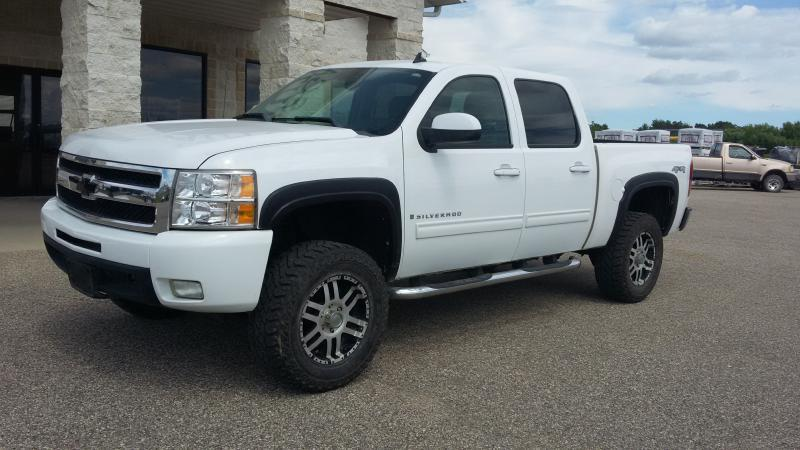 2009 Chevrolet Silverado 1500 for sale at OLSGARD AUTO SALES in Decorah IA
