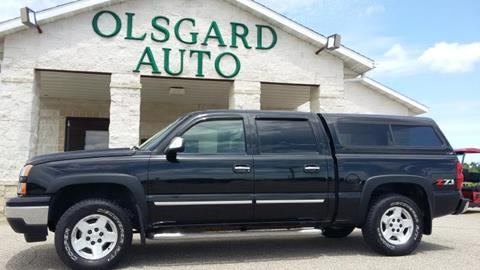 2006 Chevrolet Silverado 1500 for sale at OLSGARD AUTO SALES in Decorah IA