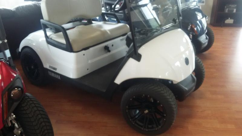 2017 Yamaha DRIVE 2 for sale at OLSGARD AUTO SALES in Decorah IA