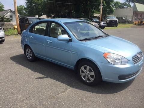 2009 Hyundai Accent for sale at Chris Auto Sales in Springfield MA