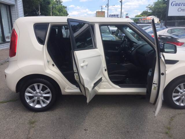 2013 Kia Soul for sale at Chris Auto Sales in Springfield MA