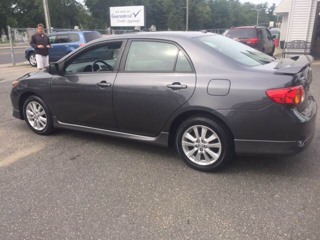 2009 Toyota Corolla for sale at Chris Auto Sales in Springfield MA