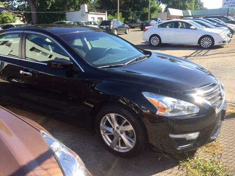 2013 Nissan Altima for sale at Chris Auto Sales in Springfield MA