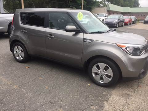 2015 Kia Soul for sale at Chris Auto Sales in Springfield MA