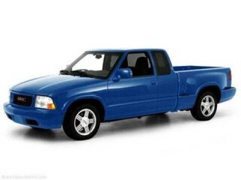 2000 GMC Sonoma for sale in Hemlock, MI