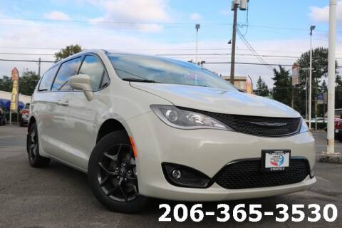 2019 Chrysler Pacifica for sale in Seattle, WA