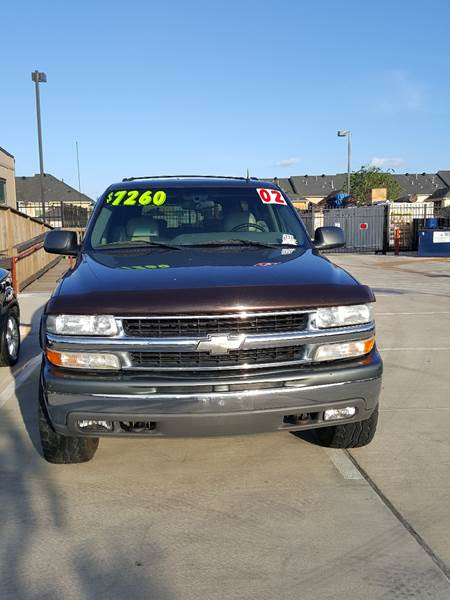 2002 Chevrolet Suburban for sale at Whitts Auto Sales in Houston TX