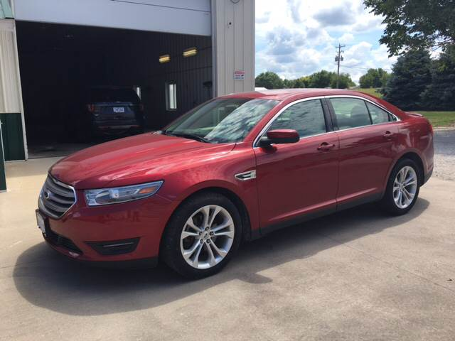 2013 Ford Taurus for sale at New Way Auto in Jefferson IA