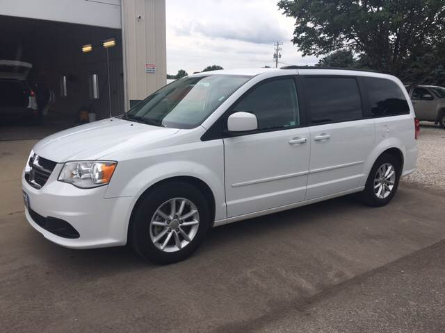 2016 Dodge Grand Caravan for sale at New Way Auto in Jefferson IA