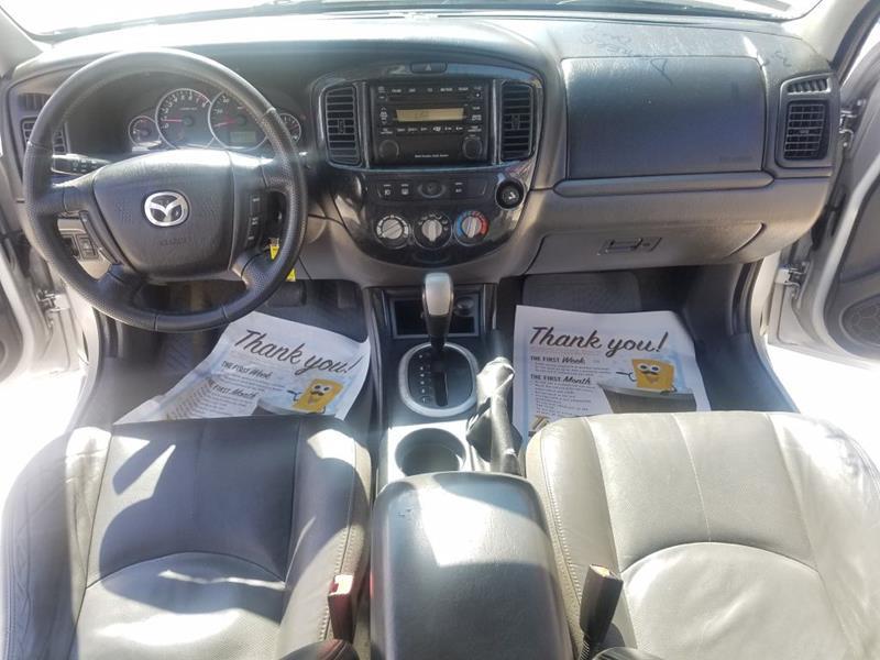 https://cdn04.carsforsale.com/3/1015530/17760715/1024164200.jpg