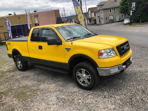 2004 Ford F-150 for sale at Albi's Auto Service and Sales in Archbald PA