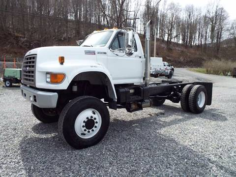 1996 Ford F-800 for sale in Harman, WV