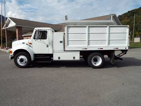 2000 International 4700 for sale in Harman, WV