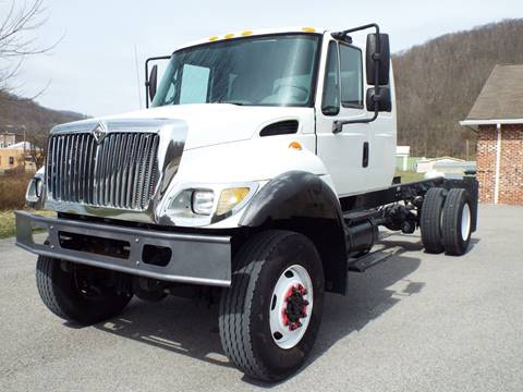 2007 International 7300 for sale in Harman, WV