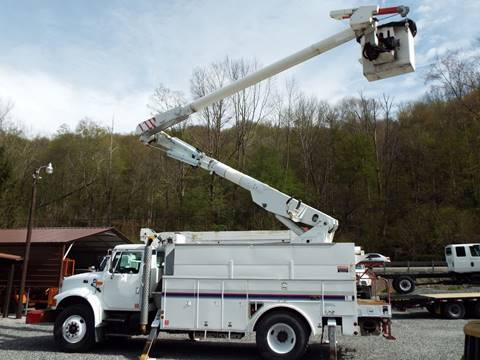 2002 International 4900 for sale in Harman, WV