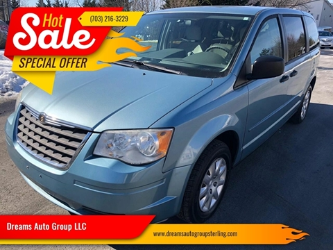 2008 Chrysler Town and Country for sale at Dreams Auto Group LLC in Sterling VA