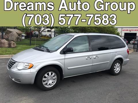 2006 Chrysler Town and Country for sale at Dreams Auto Group LLC in Sterling VA