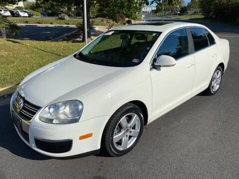 2008 Volkswagen Jetta for sale at Dreams Auto Group LLC in Sterling VA
