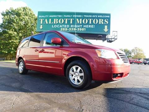 2009 Chrysler Town and Country for sale in Battle Creek, MI