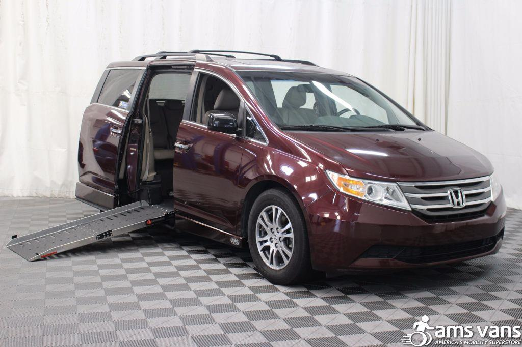 2013 Honda Odyssey for sale at AMS Vans, Inc. in Tucker GA