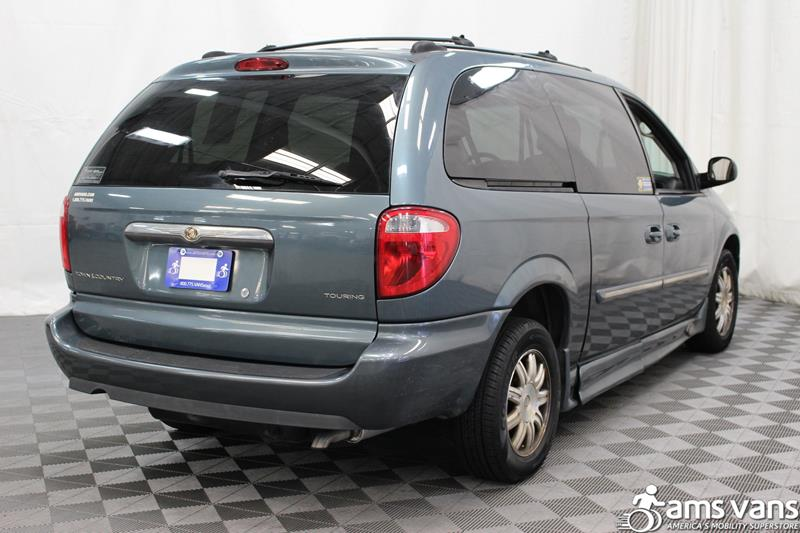 2005 Chrysler Town and Country for sale at AMS Vans, Inc. in Tucker GA