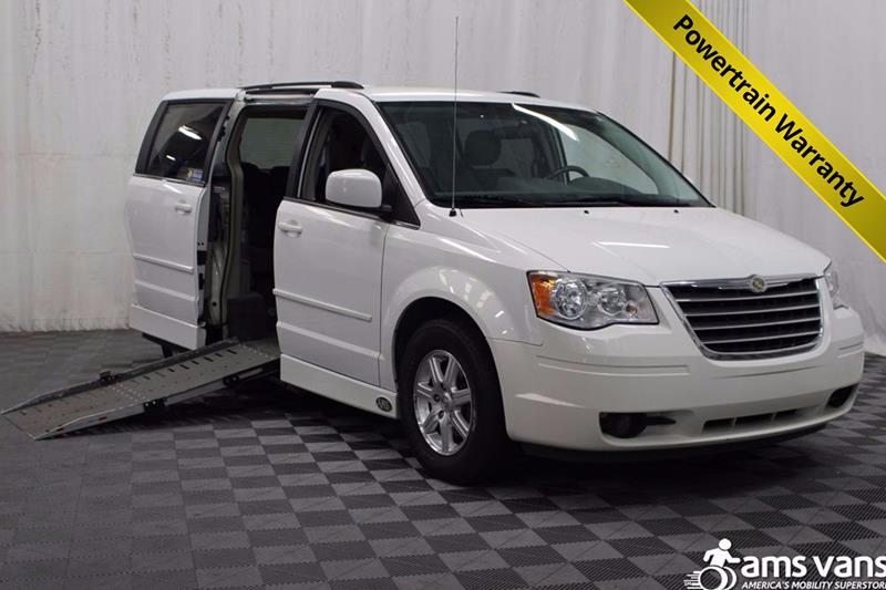 2008 Chrysler Town and Country for sale at AMS Vans, Inc. in Tucker GA