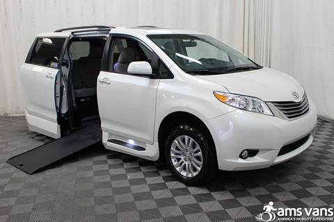 2017 Toyota Sienna for sale in Tucker GA