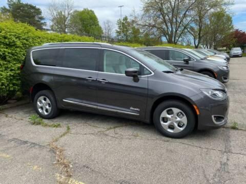 2018 Chrysler Pacifica Hybrid Touring Plus for sale at AMS Vans in Tucker GA