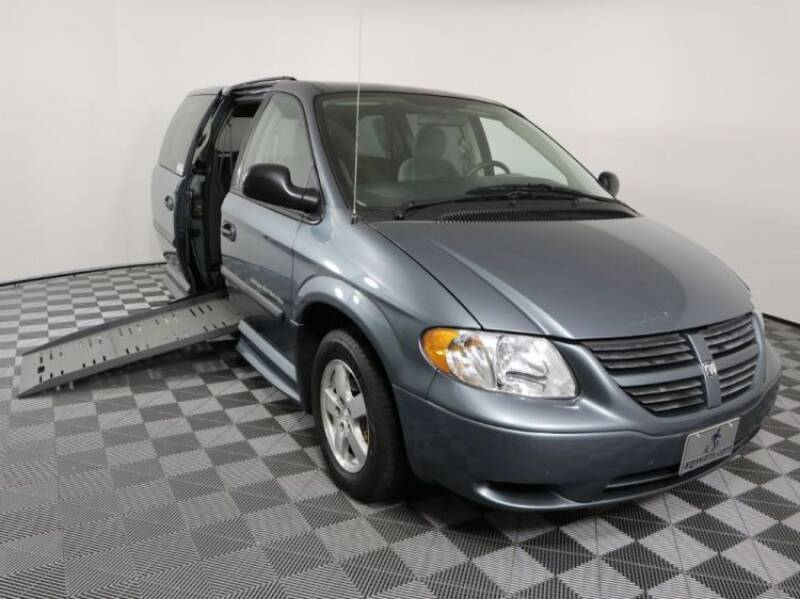 2006 Dodge Grand Caravan for sale at AMS Vans in Tucker GA