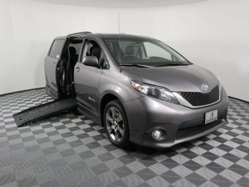 2011 Toyota Sienna for sale at AMS Vans in Tucker GA