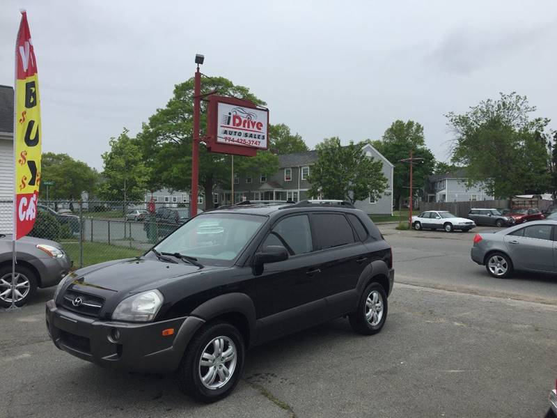 2006 Hyundai Tucson for sale at iDrive in New Bedford MA