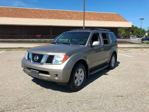 2007 Nissan Pathfinder for sale at iDrive in New Bedford MA