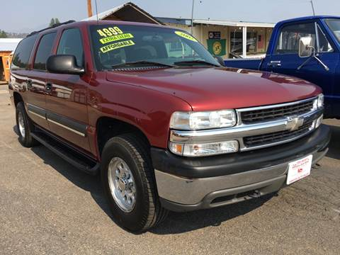 2002 Chevrolet Suburban for sale at Siskiyou Auto Sales in Yreka CA