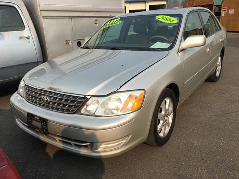 2004 Toyota Avalon for sale at Siskiyou Auto Sales in Yreka CA