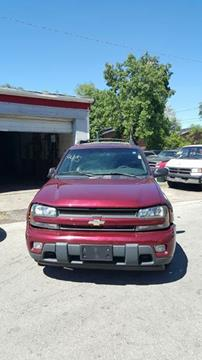 2004 Chevrolet TrailBlazer EXT for sale at Cash Cars Buy Here Pay Here in Chicago IL