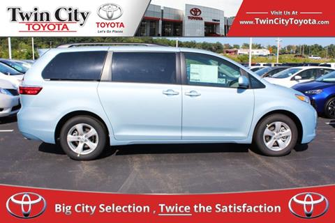 2017 Toyota Sienna for sale in Herculaneum, MO