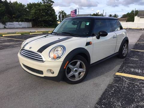 2007 MINI Cooper for sale at ROADWAY MOTORS  LLC in West Park FL