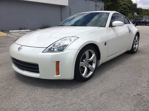 2007 Nissan 350Z for sale at ROADWAY MOTORS  LLC in West Park FL