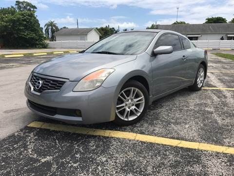2009 Nissan Altima for sale at ROADWAY MOTORS  LLC in West Park FL