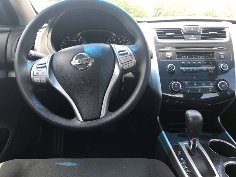 2014 Nissan Altima for sale at ROADWAY MOTORS  LLC in West Park FL