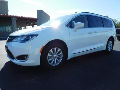 2017 Chrysler Pacifica for sale in Bunker Hill, IN