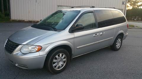 2006 Chrysler Town and Country for sale in Marietta, GA