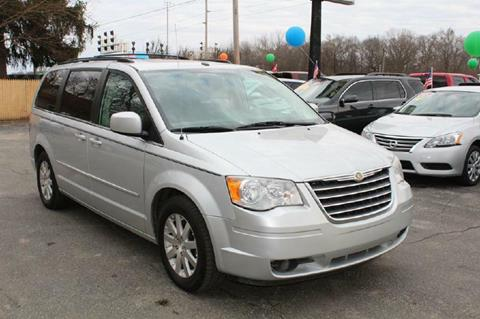 2008 Chrysler Town and Country for sale at Auto Force USA - Truck Force USA in Mishawaka IN
