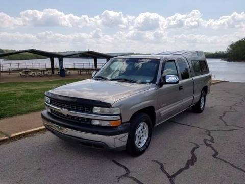 2000 Chevrolet Silverado 1500 for sale at Scottrock Motors in Fenton MO