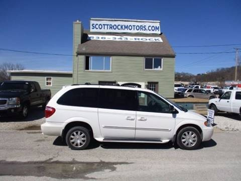 2007 Chrysler Town and Country for sale at Scottrock Motors in Fenton MO